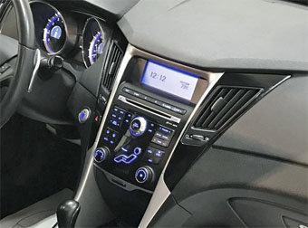 Incar (Intro) Переходная рамка INTRO RHY-N33 для Hyundai YF Sonata 10+ 2DIN (INCAR RHY-N33) (фото, вид 1)