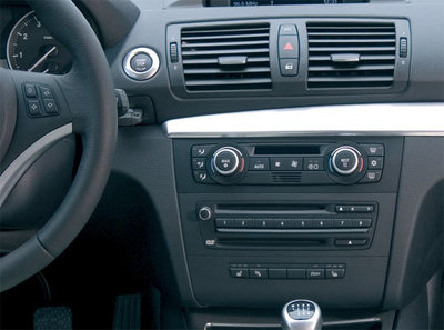 Incar (Intro) Переходная рамка BMW-1 (E81, 82, 87, 88) 07-11 Clima (крепеж) (Incar RBW-E81) (фото, вид 1)