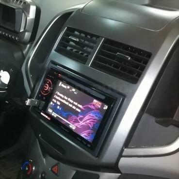 Incar (Intro) Переходная рамка 2DIN Chevrolet Aveo 12+ (Incar RCV-N10) (фото, вид 3)