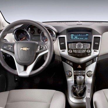 Incar (Intro) Переходная рамка Chevrolet Cruze 09+1DIN Intro RCV-N07 (фото, вид 1)