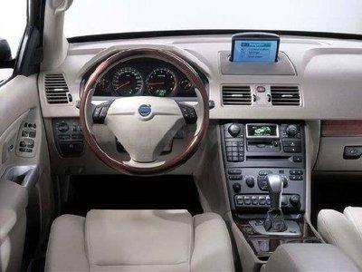 Incar (Intro) Переходная рамка Volvo XC90 Incar RVL-N10 (фото, вид 1)