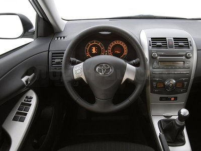Incar (Intro) Переходная рамка Toyota Corolla Incar RTY-N19 (фото, вид 1)