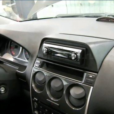 Incar (Intro) Переходная рамка Mazda 6 1DIN (бардачек) Incar RMZ-N03 (фото, вид 1)