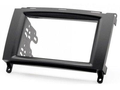 Carav Carav 11-133 | 2DIN переходная рамка Mercedes-Benz A-klasse (W169) 2004-2012, В-klasse (W245) 2005-2011, Vito 2006+, Viano 2008+ (фото)