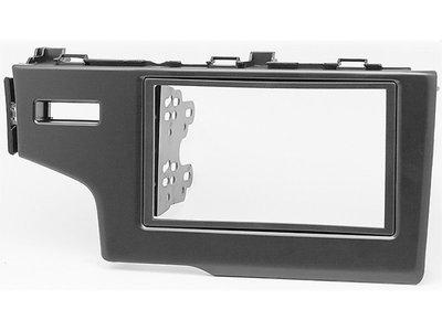 Carav Рамка HONDA Fit, Jazz 2013+ (только для а/м без сигнальной лампы Air-Bag / руль слева) (CARAV 11-468) (фото)